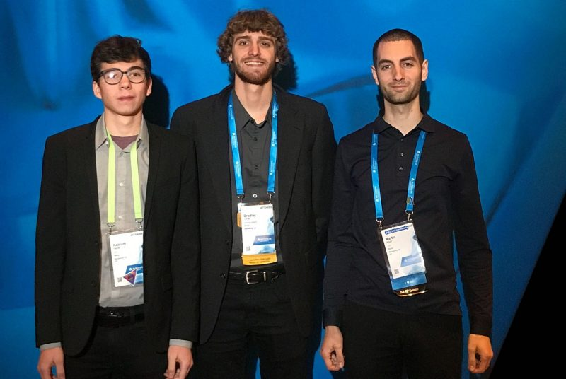 Student entrepreneurs showcase their startup and product at Autodesk Expo